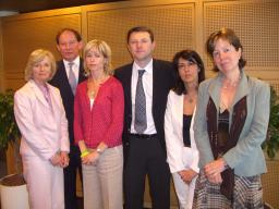 glenys-kinnock-mep-edward-mcmillan-scott-mep-kate-and-gerry-mccann-roberta-angelilli-mep-and-diana-wallis-mep