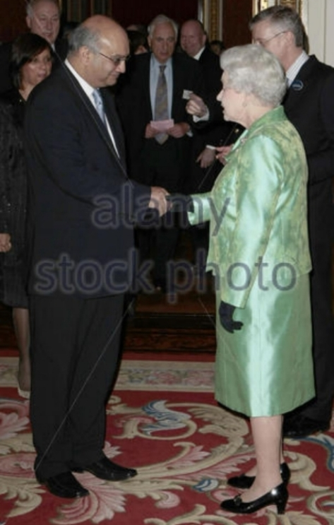 queen-elizabeth-ii-meets-backbench-mps-gba8y3_zpsostabdao2
